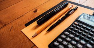 calculator-pencil_OQ5FRQT0ZR